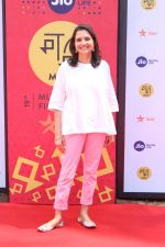 Anupama Chopra at Golmaal Again Team At Jio Mami Film Mela on 7th Oct 2017 (5)_59da274a776f6.JPG
