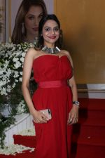 Madhoo at Jewellery Designer Paulomi Sanghavi�s Red Carpet Collection Launch on 9th Oct 2017 (13)_59dc3eeec3c04.JPG