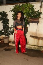 Neha Sharma Spotted At Screenig Of South Indian Film Solo on 10th Oct 2017 (8)_59ddd01ddd42a.JPG