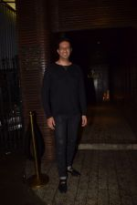 Sulaiman Merchant Spotted At Estella on 10th Oct 2017 (14)_59ddcdea29b13.JPG