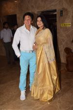 Aarti Surendranath, Kailash Surendranath attend Producer Ramesh Taurani Diwali Party on 15th Oct 2017 (10)_59e4581416593.jpg
