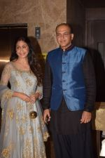 Ashutosh Gowariker, Sunita Gowariker attend Producer Ramesh Taurani Diwali Party on 15th Oct 2017 (17)_59e4585b62efc.jpg