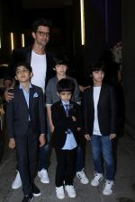 Hrithik Roshan at Exclusive Preview Of Rustomjee Elements on 14th Oct 2017 (83)_59e436d02949d.JPG