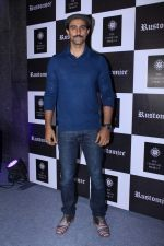 Kunal Kapoor at Exclusive Preview Of Rustomjee Elements on 14th Oct 2017 (65)_59e436eae706f.JPG