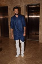 Riteish Deshmukh attend Producer Ramesh Taurani Diwali Party on 15th Oct 2017 (44)_59e459579a886.jpg