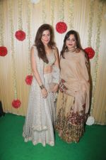 Alvira Khan Attend Ekta Kapoor_s Diwali Party on 18th Oct 2017 (67)_59e81a5209606.JPG