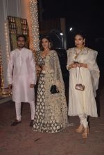 Nidhhi Agerwal at Shilpa Shetty_s Diwali party on 20th Oct 2017 (23)_59eca5a8661bf.jpg