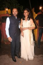 Rahul Bose, Nandita Das at Shabana Azmi_s Grand Diwali Bash on 20th Oct 2017 (67)_59ec8fa66a490.JPG