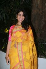 Sakshi Tanwar at Aamir Khan_s Diwali party on 20th Oct 2017 (58)_59ecb53e8f623.jpg