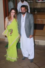 Suzanne Khan at Sanjay Dutt_s Diwali party on 20th Oct 2017 (60)_59ec96b553ce0.jpg