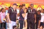 Kapil Dev, Sonam Kapoor at the Launch Of Magic Bus Project Initiative Presence on 23rd Oct 2017 (48)_59edfd409630f.JPG