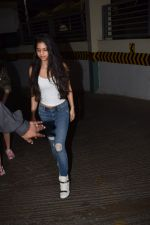 Suhana Khan Spotted At Juhu Pvr on 21st Oct 2017 (9)_59ed892990b14.JPG