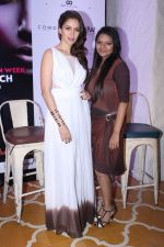 Waluscha de Sousa At The Press Conference Of India Beach Fashion Week on 23rd Oct 2017 (22)_59eedf86f2f81.JPG
