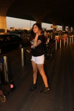 Adah Sharma Spotted At Airport on 25th Oct 2017 (12)_59f095c32e31e.JPG
