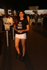 Adah Sharma Spotted At Airport on 25th Oct 2017 (2)_59f095b4a5e28.JPG