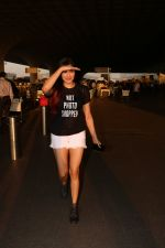 Adah Sharma Spotted At Airport on 25th Oct 2017 (8)_59f095bc0ab53.JPG