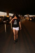 Adah Sharma Spotted At Airport on 25th Oct 2017 (9)_59f095bd8dfb3.JPG