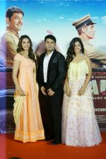 Monica Gill, Kapil Sharma, Ishita Dutta at the Trailer Launch Of Firangi on 24th Oct 2017 (40)_59f0292bdc4a5.JPG