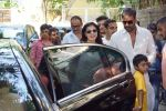 Ajay Devgan watching Golmaal Again with his family at Sunny Super Sound on 26th Oct 2017 (7)_59f2e05240d59.JPG