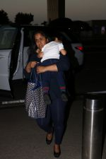 Arpita kHan spotted at airport on 25th Oct 2017 (3)_59f2d149a1b0b.JPG