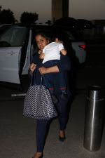 Arpita kHan spotted at airport on 25th Oct 2017 (4)_59f2d14ab1a52.JPG