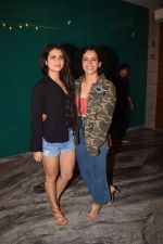Fatima Sana Shaikh , Sanya Malhotra at the Success Party Of Secret Superstar Hosted By Advait Chandan on 26th Oct 2017 (43)_59f2f070d3d81.jpg