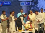 Lata Mangeshkar Celebrating her 75th glorious years of musical journey on 26th Oct 2017 (12)_59f2e08642a86.jpg