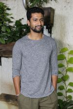 Vicky Kaushal at the Special Screening Of Film Jia Aur Jia on 26th Oct 2017-1 (30)_59f2d878b8b4e.JPG