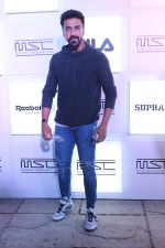 Aashish Chaudhary at Myntra Sneaker Club Organise Pub Crawl on 27th Oct 2017 (90)_59f438c033b2e.JPG