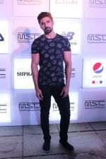 Saqib Saleem at Myntra Sneaker Club Organise Pub Crawl on 27th Oct 2017 (35)_59f439fddef27.JPG