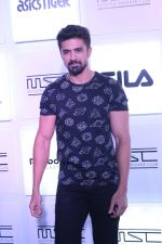 Saqib Saleem at Myntra Sneaker Club Organise Pub Crawl on 27th Oct 2017 (36)_59f439fe846fb.JPG