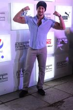 Tiger Shroff at Myntra Sneaker Club Organise Pub Crawl on 27th Oct 2017 (109)_59f43a4e6da90.JPG