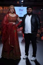 Mannara Chopra scorched the ramp on the final day at COMO India Beach Fashion Week-Season 5 at the Goa on 29th Oct 2017 (6)_59f6cf5e85469.JPG