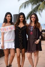 Nidhhi Agerwal scorched the ramp on the final day at COMO India Beach Fashion Week-Season 5 at the Goa on 29th Oct 2017 (5)_59f6cf77b471b.JPG