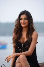 Nidhhi Agerwal scorched the ramp on the final day at COMO India Beach Fashion Week-Season 5 at the Goa on 29th Oct 2017 (6)_59f6cf783e21f.JPG