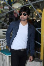 Himesh Reshammiya at the Launch Of The Voice India Kids Session 2 on 30th Oct 2017 (75)_59f8199e48eb8.JPG