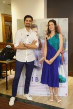 Kalki Koechlin, Sumeet Vyas Spotted Promoting Movie Ribbon on 30th Oct 2017 (10)_59f81a74ab8c9.JPG