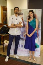 Kalki Koechlin, Sumeet Vyas Spotted Promoting Movie Ribbon on 30th Oct 2017 (2)_59f81a71c33df.JPG