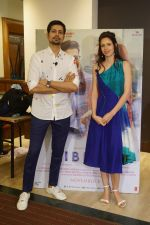 Kalki Koechlin, Sumeet Vyas Spotted Promoting Movie Ribbon on 30th Oct 2017 (3)_59f81a7258eb1.JPG