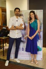 Kalki Koechlin, Sumeet Vyas Spotted Promoting Movie Ribbon on 30th Oct 2017 (8)_59f81a7415a77.JPG