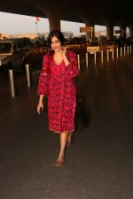 Adah Sharma Spotted At Airport on 1st Nov 2017 (10)_59fac90682f68.JPG