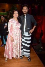 Irrfan Khan, Parvathy Promote Film Qarib Qarib Singlle On Set Of The Drama Company on 31st Oct 2017 (25)_59fac4fa66054.jpg
