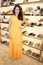 Sagarika Ghatge at the Inauguration Of The New Inc.5 Store on 1st Nov 2017 (21)_59face292c2bd.JPG