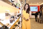 Sagarika Ghatge at the Inauguration Of The New Inc.5 Store on 1st Nov 2017 (33)_59face3027af8.JPG