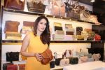 Sagarika Ghatge at the Inauguration Of The New Inc.5 Store on 1st Nov 2017 (36)_59face31ace24.JPG