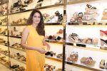 Sagarika Ghatge at the Inauguration Of The New Inc.5 Store on 1st Nov 2017 (4)_59face1f41194.JPG