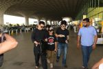 Sajid Nadiadwala with Family Spotted At Airport on 31st Oct 2017 (14)_59fabbd2a6644.JPG