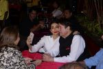 Karisma Kapoor, Randhir Kapoor Attend Opening Ceremony Of Prithvi Theatre Festival on 3rd Nov 2017 (6)_59fd9fd48fba2.JPG
