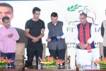 Sonu Sood & Devendra Fadnavis Support FIT INDIA Conclave on 3rd Nov 2017 (24)_59fd957e8c456.JPG