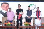 Sonu Sood & Devendra Fadnavis Support FIT INDIA Conclave on 3rd Nov 2017 (8)_59fd957742da1.JPG